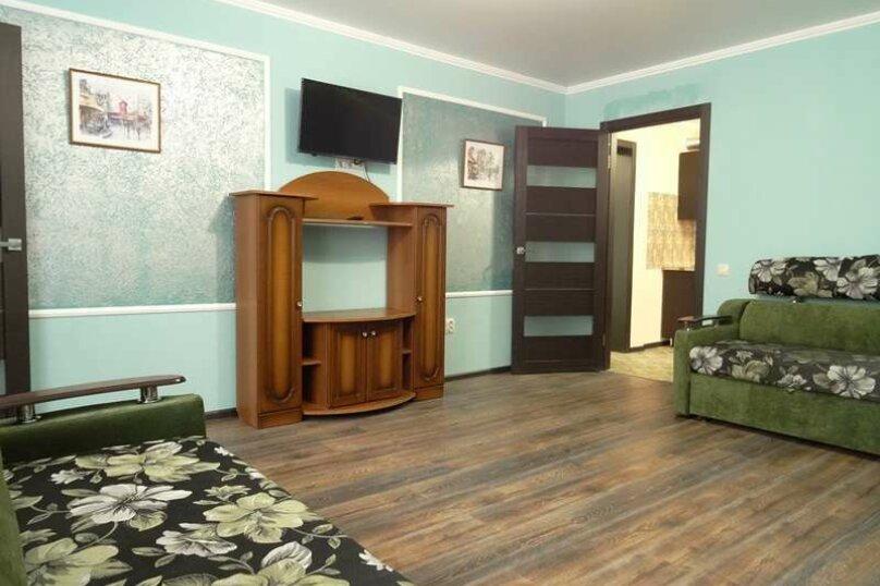 """3-х комнатный 8-ми местный номер """"Люкс"""" с кухней (1 этаж), Вишнёвый переулок, 12, Благовещенская - Фотография 3"""