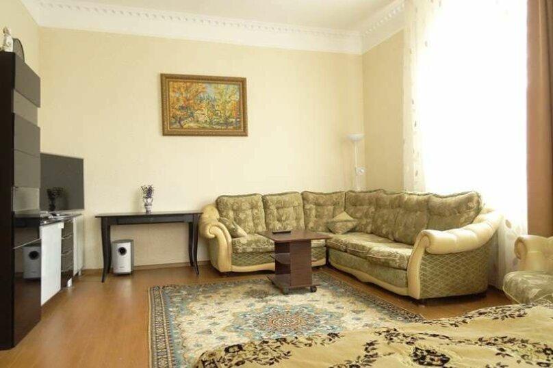 Люкс 3х-комнатный 10-ти местный с кухней, Вишнёвый переулок, 12, Благовещенская - Фотография 1