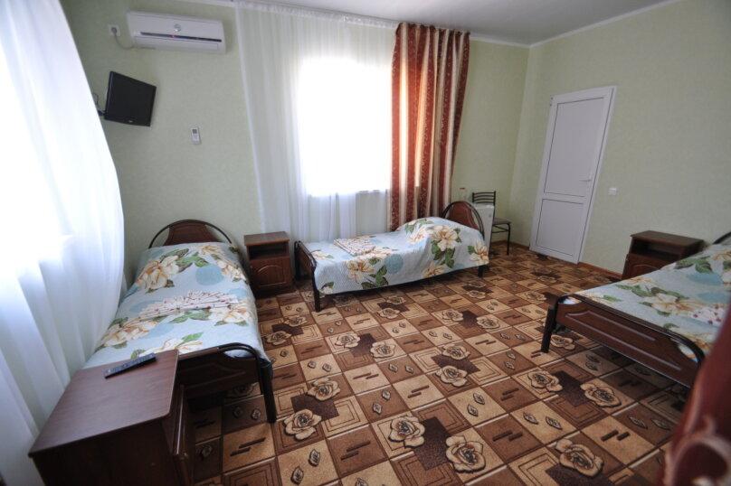 Четырёхместный номер, Морской переулок, 1, Витязево - Фотография 1