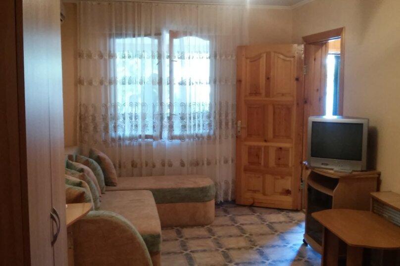 Частное домовладение на 8 человек, Октябрьская улица, 21, Алушта - Фотография 11