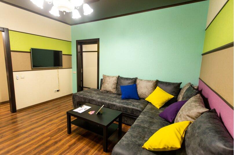 2-комн. квартира, 57 кв.м. на 4 человека, улица Республики, 58, Тюмень - Фотография 16