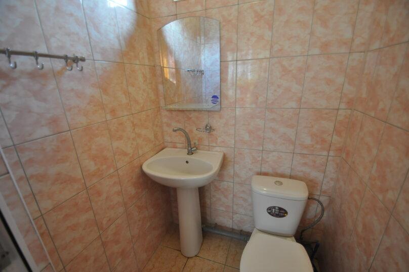 Двух местный эконом с туалетом, пер. Морской, 3, Витязево - Фотография 4