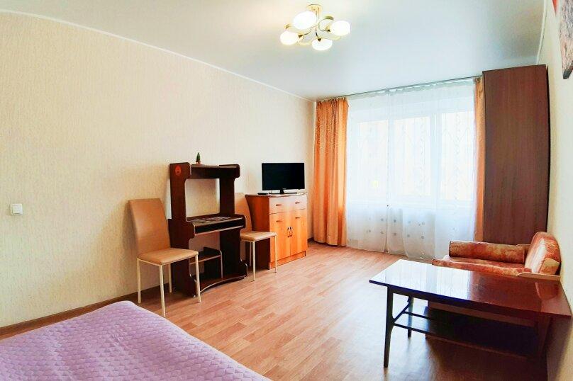 1-комн. квартира, 35 кв.м. на 3 человека, улица Цвиллинга, 53, Челябинск - Фотография 6