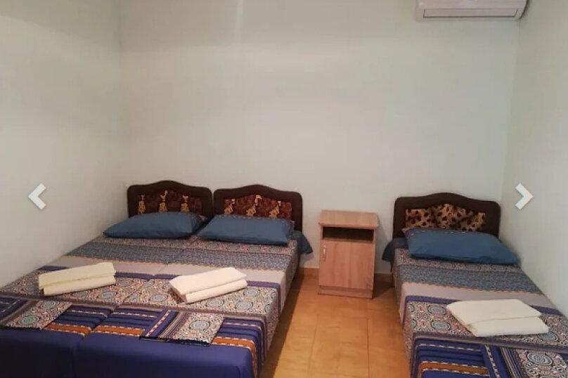 3-х местная комната (с вентилятором и общим санузлом), переулок Строителей, 9, Кабардинка - Фотография 1