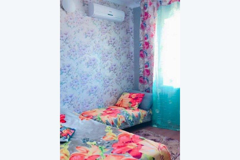 2х-комнатный с кухней, Таманская улица, 92А, Благовещенская - Фотография 2