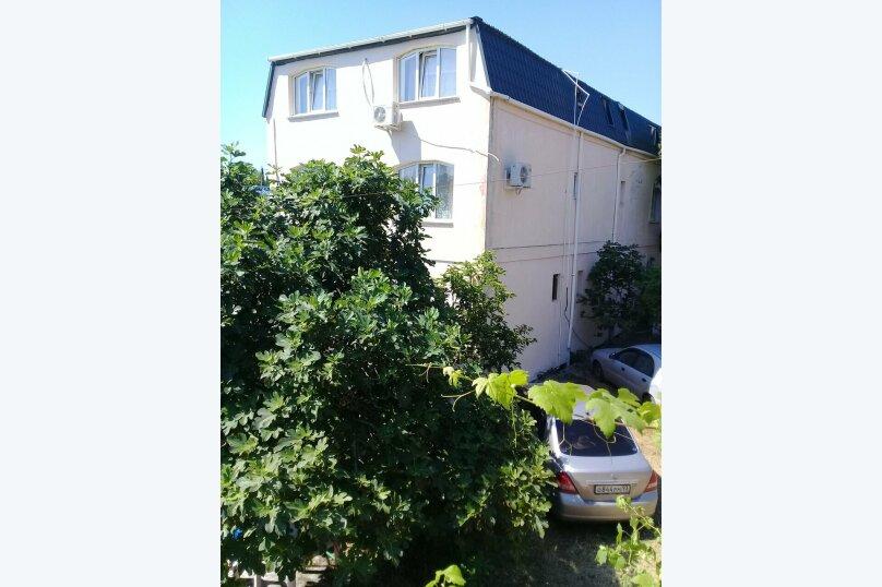 """Гостевой дом """"Inzhir Dom"""", Парковая улица, 10А на 16 комнат - Фотография 1"""