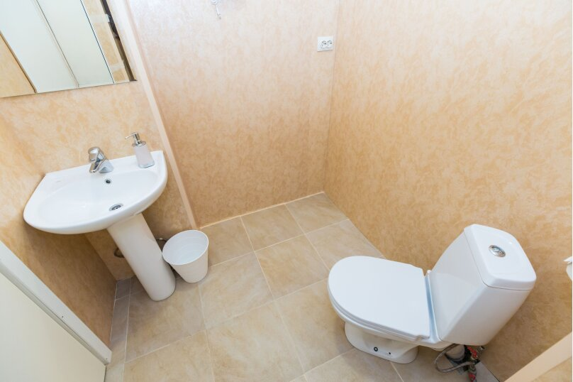Двухместный номер с 2 кроватями и собственной ванной комнатой, Шпалерная улица, 39, Санкт-Петербург - Фотография 3