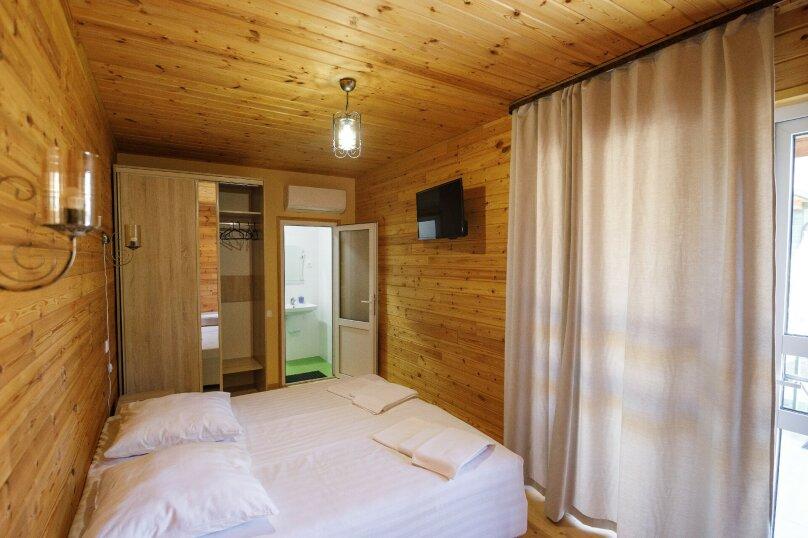 """Двухместный номер с 1 кроватью, Отель """"Грин Терраса"""", б/н, Приморское, Гудаута - Фотография 1"""