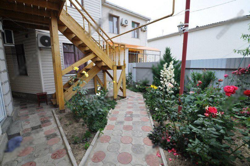 """Гостевой дом """"Уют на Самбурова 8"""", переулок Самбурова, 8 на 8 комнат - Фотография 1"""