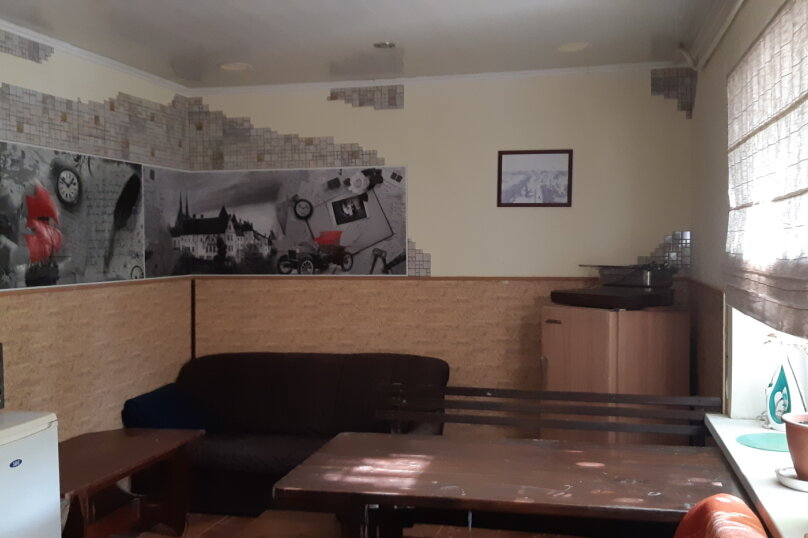 Однокомнатный номер ( окна на улицу), пер.Сквозной, 2\3, Евпатория - Фотография 4