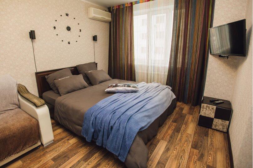 1-комн. квартира, 40 кв.м. на 4 человека, 1-й Топольчанский проезд, 2, Саратов - Фотография 1