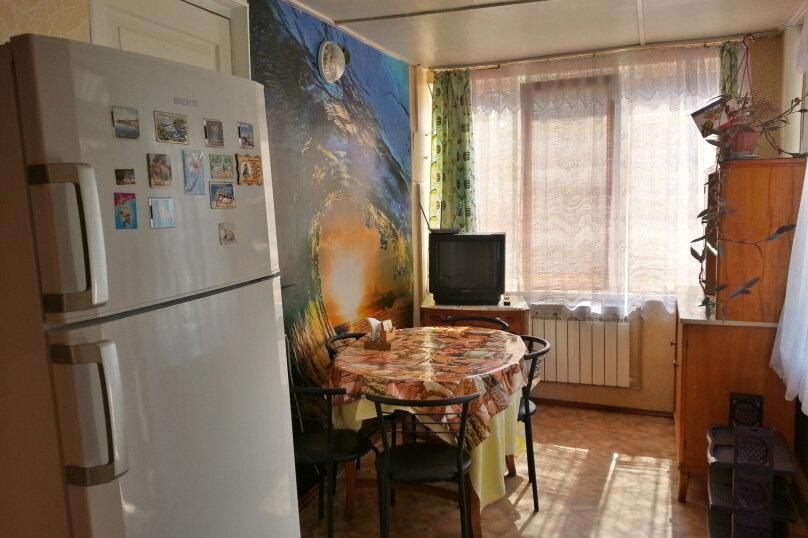 Уютный дом, 3 спальни, до 6 человек, 70 кв.м. на 6 человек, 3 спальни, Виноградная улица, 1, Судак - Фотография 6