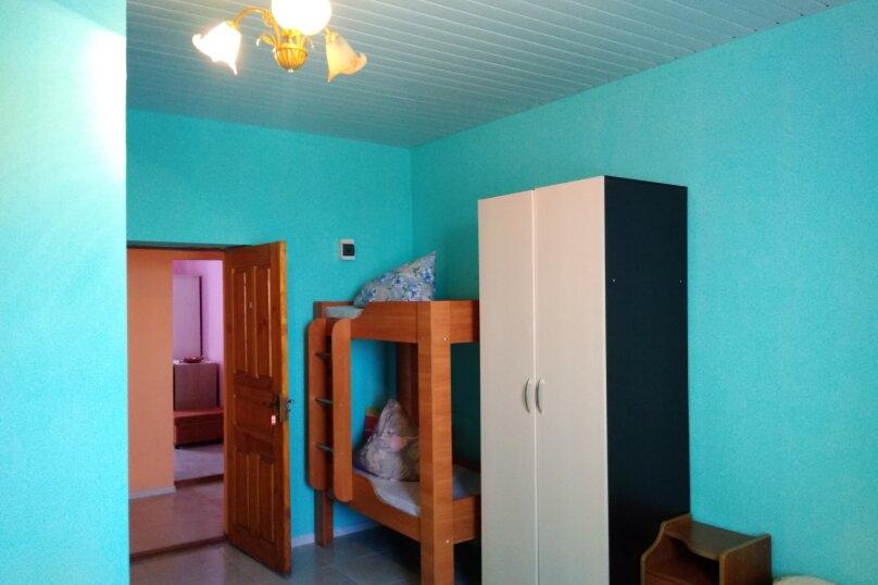 Однокомнатный  номер со всеми удобствами и двухъярусной кроватью, СТ Приморье, Ясная ул., 84, Заозерное - Фотография 8