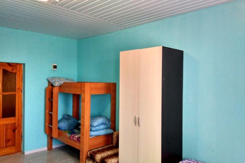 Однокомнатный  номер со всеми удобствами и двухъярусной кроватью, СТ Приморье, Ясная ул., 84, Заозерное - Фотография 16