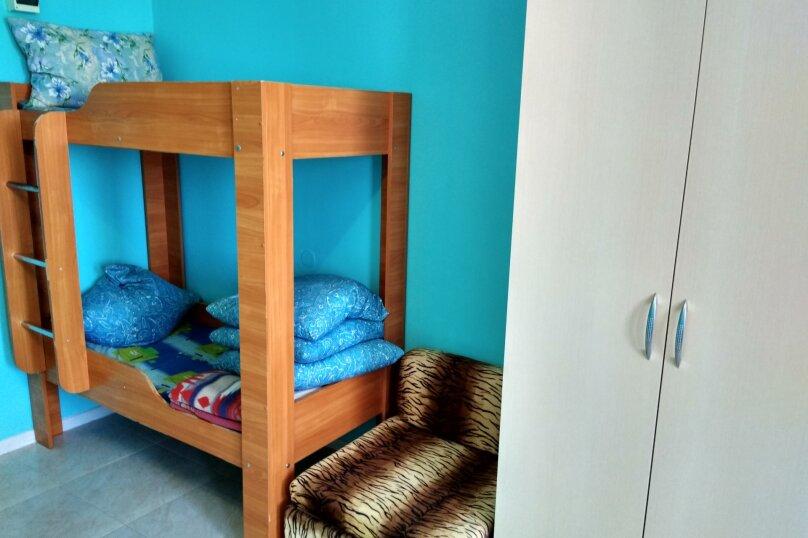 Однокомнатный  номер со всеми удобствами и двухъярусной кроватью, СТ Приморье, Ясная ул., 84, Заозерное - Фотография 22