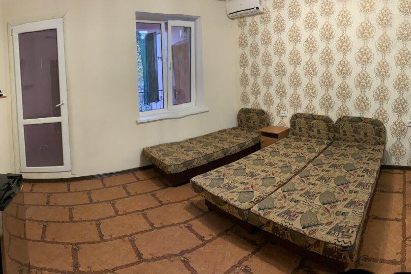 5- местный номер люкс (двухкомнатный) , Горького, 4, Морское - Фотография 1