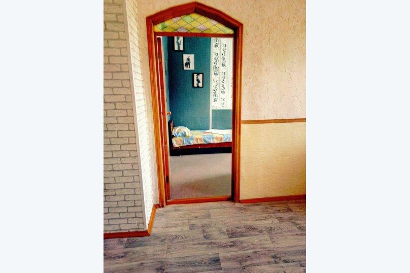2-комн. квартира, 40 кв.м. на 4 человека, Ангарская улица, 29, Волгоград - Фотография 8