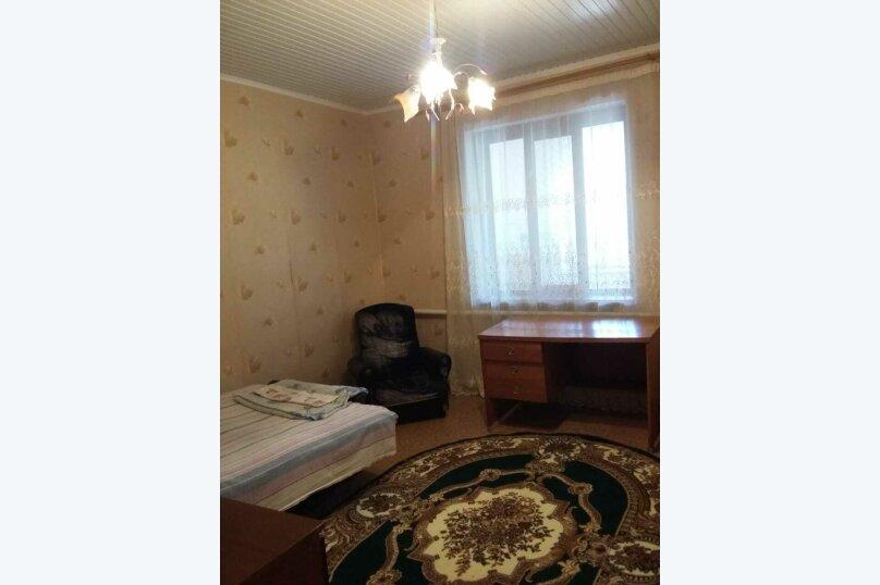 Дом, 110 кв.м. на 6 человек, 2 спальни, улица Кирова, 16А, Новофёдоровка, Саки - Фотография 1