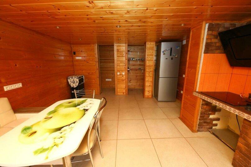 Коттедж, 90 кв.м. на 5 человек, 2 спальни, Марьинское шоссе, 118, Лазаревское - Фотография 3