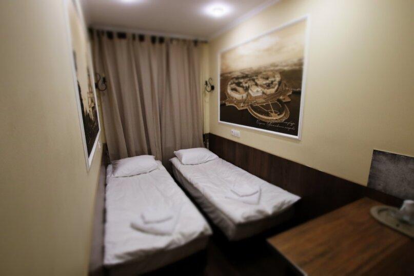 Комната Стандарт с отдельной ванной комнатой и 1 или 2 кроватями, 8-я Советская улица, 10, Санкт-Петербург - Фотография 1