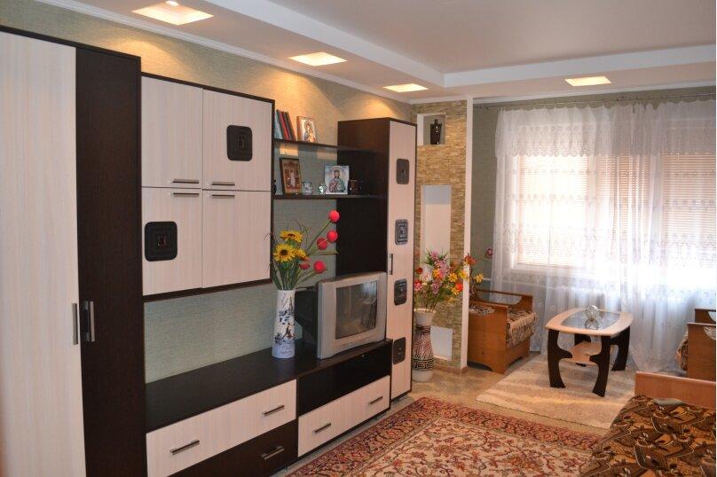 2-комн. квартира, 47 кв.м. на 4 человека, Таврическая улица, 3, Алушта - Фотография 1