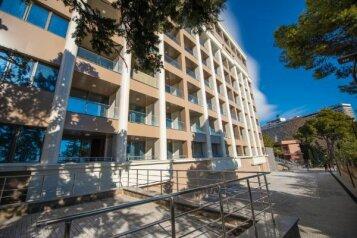 2-комн. квартира, 53 кв.м. на 4 человека, улица Дражинского, 48В, Ялта - Фотография 1