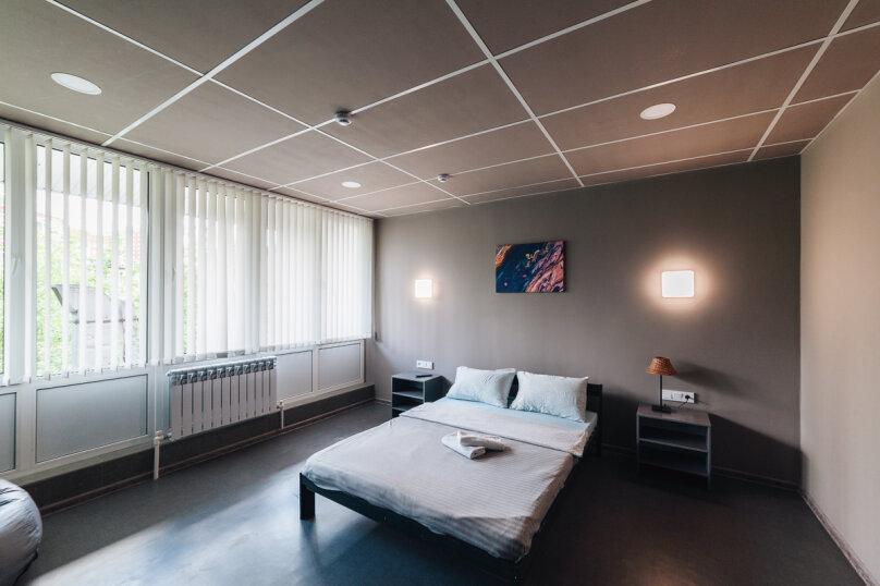 Двухместный номер с 1 кроватью, улица Воровского, 11, Челябинск - Фотография 1