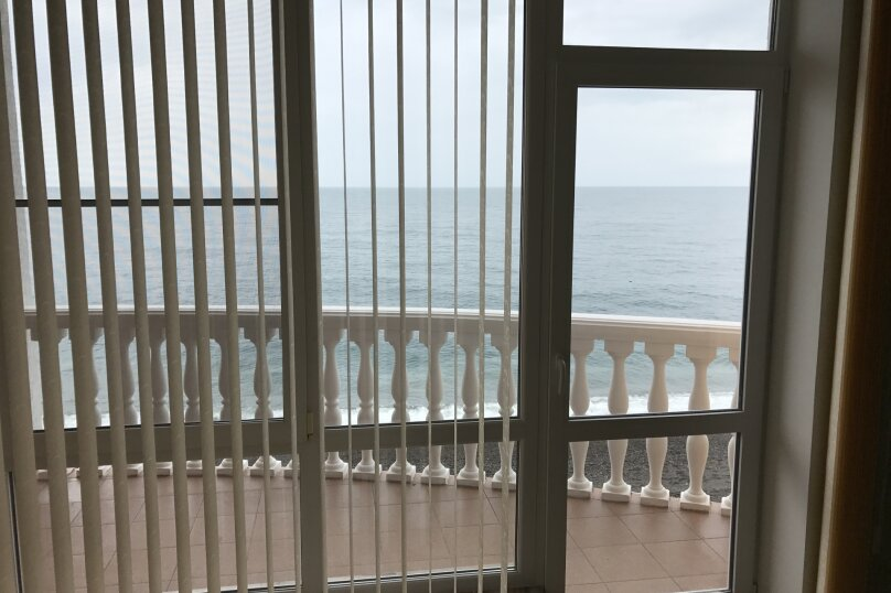 Трёхместный люкс с видом на море, Прибрежная, 1, коттедж 5/2, Рыбачье - Фотография 7