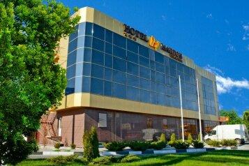 """Отель """"Marton Turgeneva"""", улица Тургенева, 19 на 37 номеров - Фотография 1"""