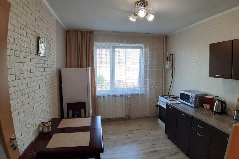 1-комн. квартира, 45 кв.м. на 3 человека, улица Гайдара, 94, Калининград - Фотография 8