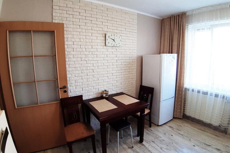 1-комн. квартира, 45 кв.м. на 3 человека, улица Гайдара, 94, Калининград - Фотография 10
