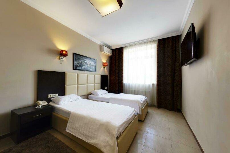 Отель MARTON Стачки, проспект Стачки, 107 на 52 номера - Фотография 42