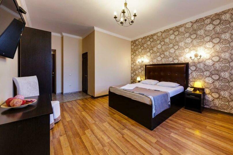 Отель MARTON Сказка, улица Красных Зорь, 117 на 17 номеров - Фотография 37