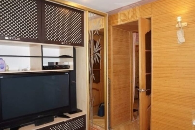 2-комн. квартира, 42 кв.м. на 4 человека, улица Руданского, 5, Ялта - Фотография 11