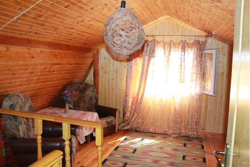 """Красивый деревянный дом, 78 кв.м. на 7 человек, 2 спальни, с/с Мысовский, СТ """"Вишня-96"""", уч 10, село Семеновка - Фотография 21"""
