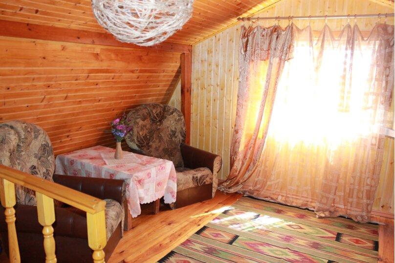 """Красивый деревянный дом, 78 кв.м. на 7 человек, 2 спальни, с/с Мысовский, СТ """"Вишня-96"""", уч 10, село Семеновка - Фотография 24"""