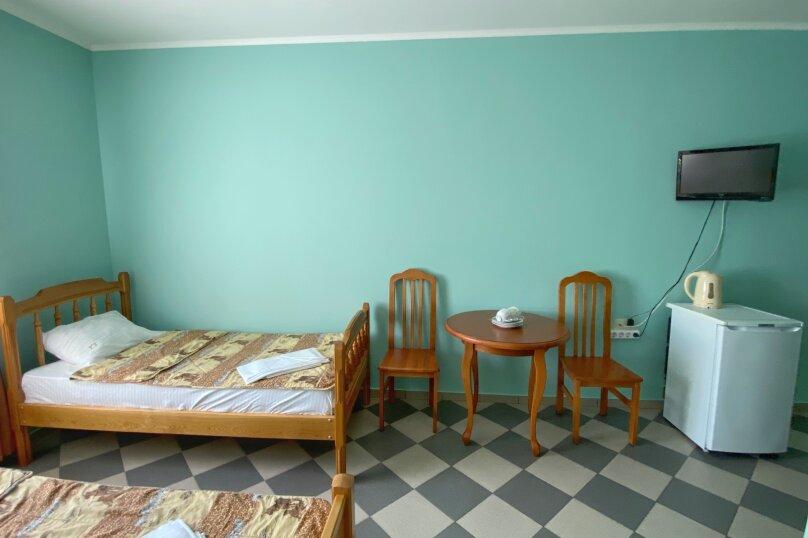 """Гостевой дом """"Домик у реки"""", Прибрежная улица, 1А на 11 комнат - Фотография 26"""