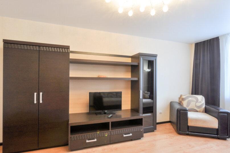 1-комн. квартира, 40 кв.м. на 4 человека, улица Щорса, 103, Екатеринбург - Фотография 2