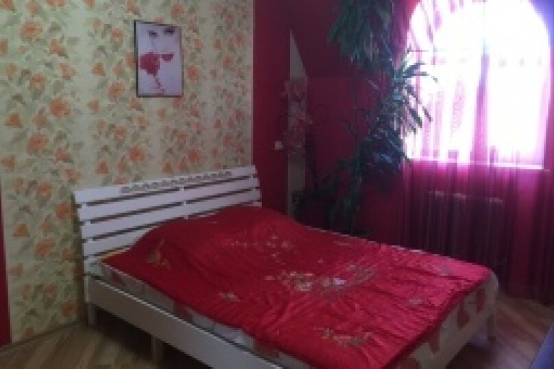 3-х комнатный дом, Сквозной переулок, 7, Евпатория - Фотография 2