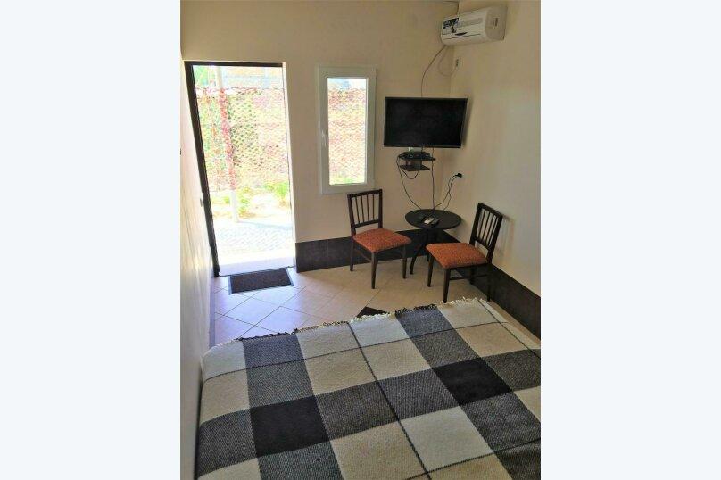 Домик - Апартамент, 55 кв.м. на 4 человека, 2 спальни, Подгорная улица, 16А, Новоотрадное - Фотография 12
