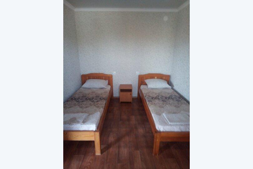 Отдельная комната, улица коммунистическая, 10, Штормовое - Фотография 4