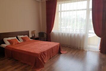 1-комн. квартира, 37 кв.м. на 2 человека, улица Багликова, 21, Алушта - Фотография 1