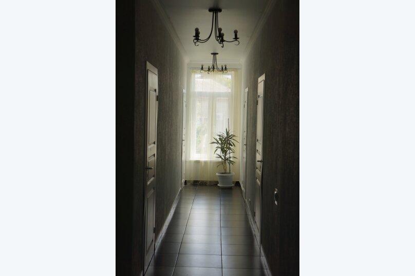 Трехместный номер, микрорайон Голубая Бухта, Славянская улица, 15, Геленджик - Фотография 1