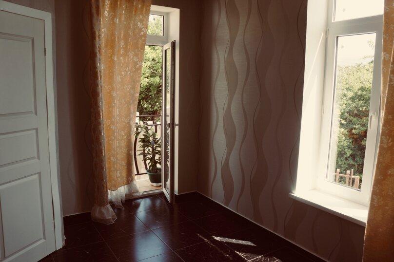 Трехместный номер, микрорайон Голубая Бухта, Славянская улица, 15, Геленджик - Фотография 3