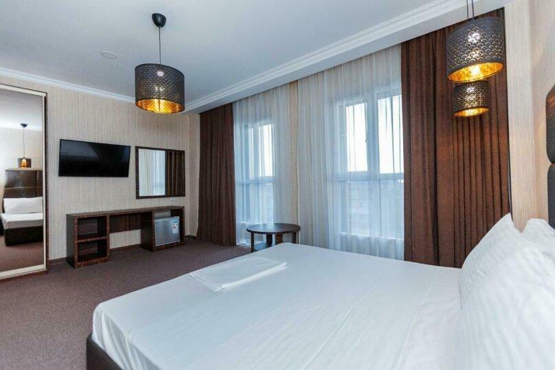 Отель «Marton Palace», улица Мира, 70 на 60 номеров - Фотография 2