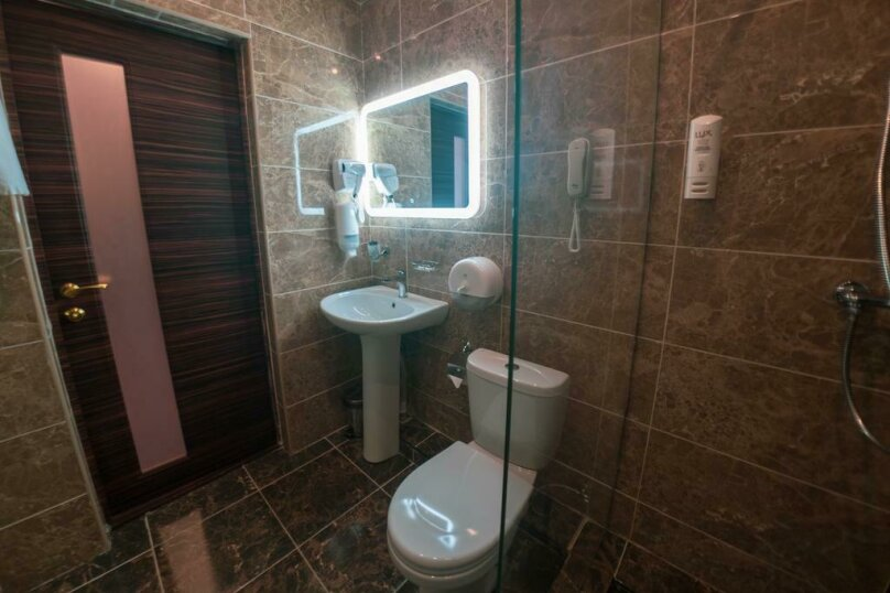Отель «Marton Palace», улица Мира, 70 на 60 номеров - Фотография 9