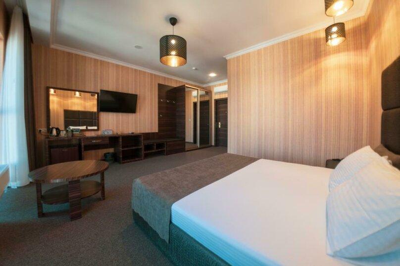 Отель «Marton Palace», улица Мира, 70 на 60 номеров - Фотография 13