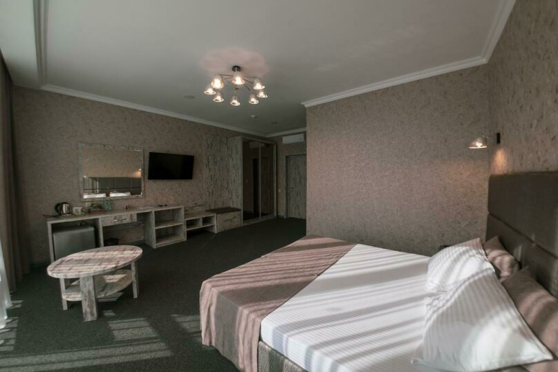 Отель «Marton Palace», улица Мира, 70 на 60 номеров - Фотография 19