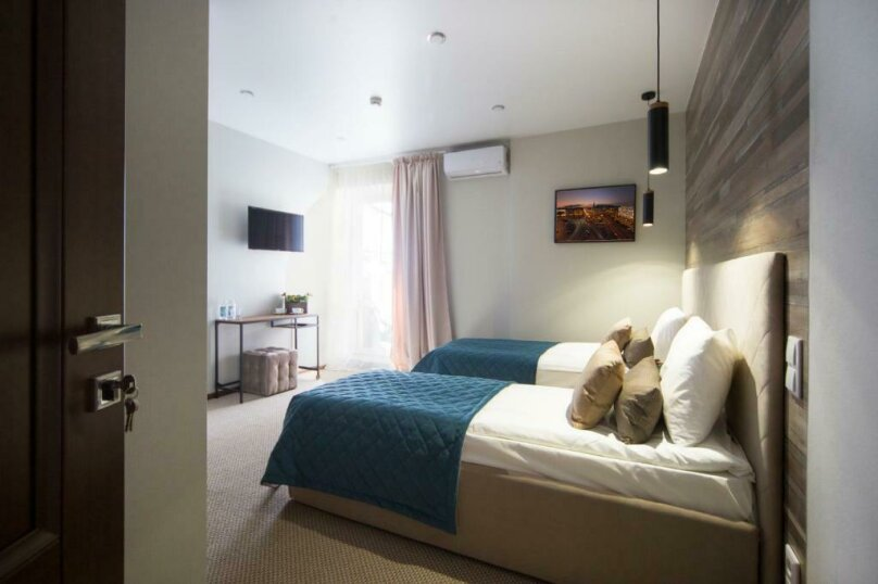 Улучшенный двухместный номер с 1 кроватью или 2 отдельными кроватями  , Невский проспект, 67, Санкт-Петербург - Фотография 4