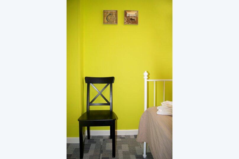 Двухместный с двуспальной кроватью эконом, улица Бойко-Павлова, 7, Хабаровск - Фотография 6